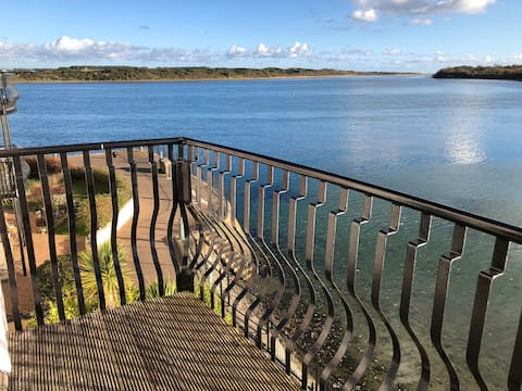 Scenic 2-bedroom apartment, Dundrum, Co.Down