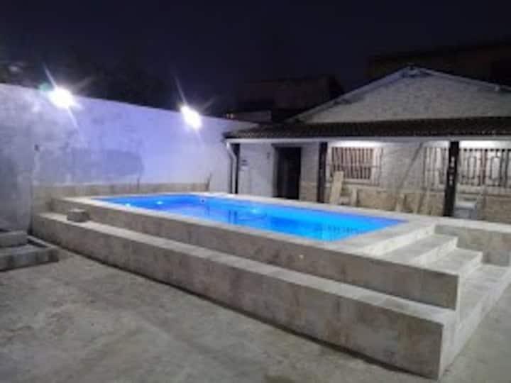 Excelente Casa Em Praia Grande 300m2 ao Total