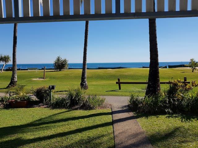 Tangalooma Beachfront Villa 4