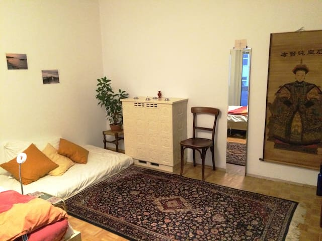 Art room - U3 fast access to center - Wien - Bed & Breakfast