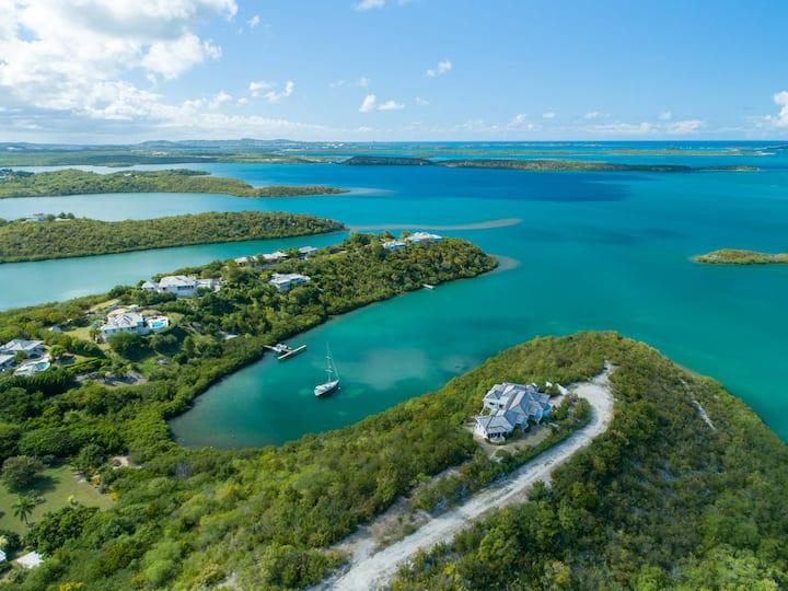 Peaceful Villa~Amazing Sea Views~Pool & Dock