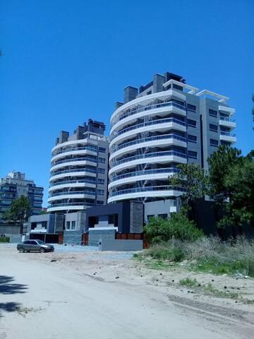 Positive Tower II - 3C – Pinamar – Uno