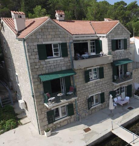 DELUXE Apartment A3  NADA -Makarska
