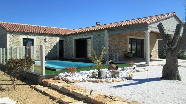 Villa récente Piscine privée/Climatisation/WIFI