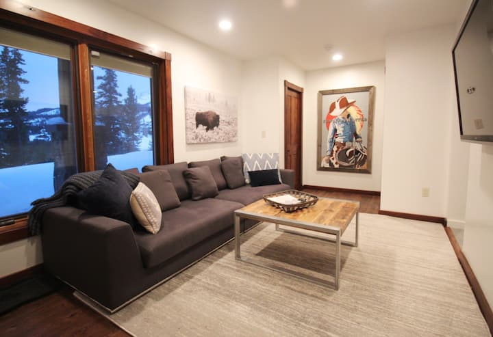 New modern private suite with ski in/out access