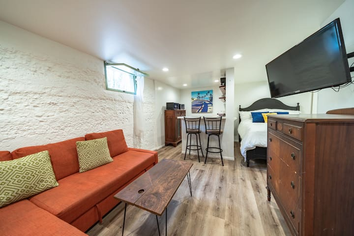 Cozy Getaway! Close to Gaslamp, Coronado, Balboa