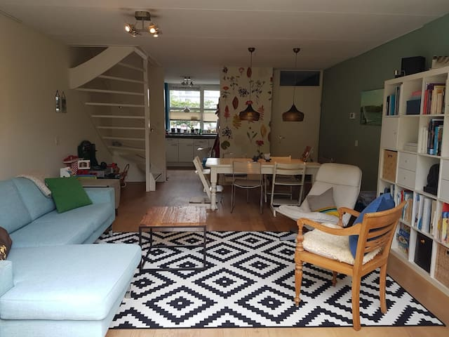 Family home in quiet area of Amsterdam