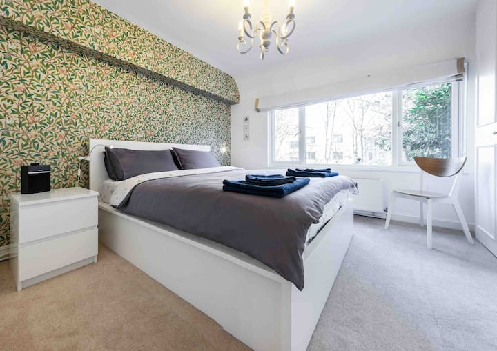 Stylish Highgate Garden Ft nr tube, Heath, village