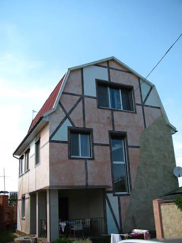Идеальный семейный дом у моря - Oděsa