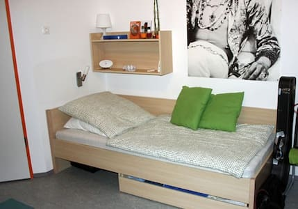 1 Room Apartment - Deggendorf - Apartamento