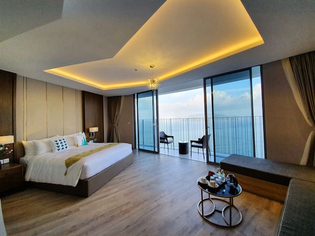 PANORAMA 58m2 King & sofabed Ocean Vinpearl view