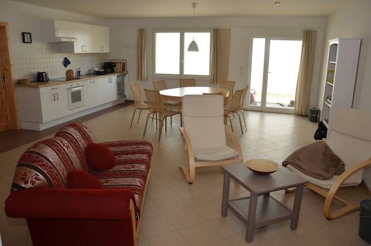 Große Ferienwohnung - Lychen - Apartamento