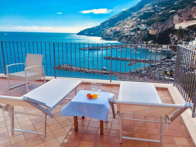 Rooftop flat  in Amalfi Ocean View