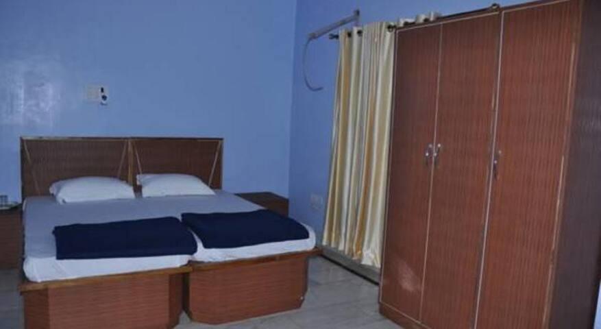Private Room near JHV Mall - Varanasi