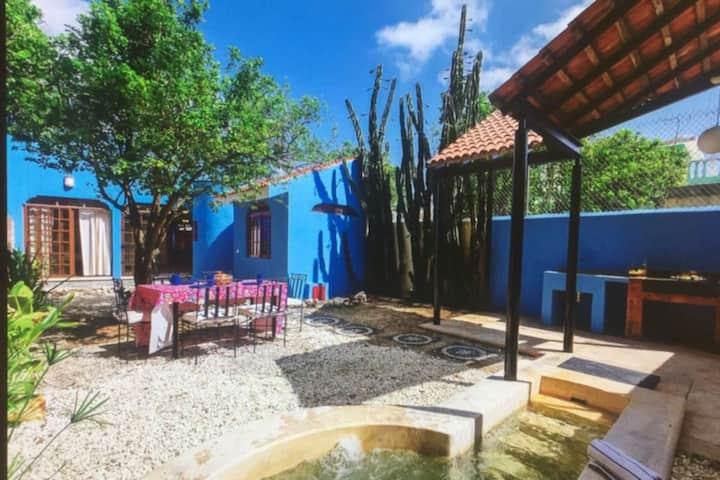 Casa Corazón. cozy, clean and safe house.