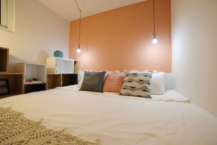L.A.B. Design Studio / Hutong Loft