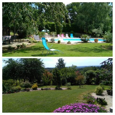 logement  atypique  avec piscine ( jolie vue)