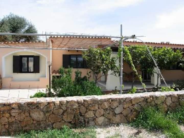 Casetta di campagna, small countryside house