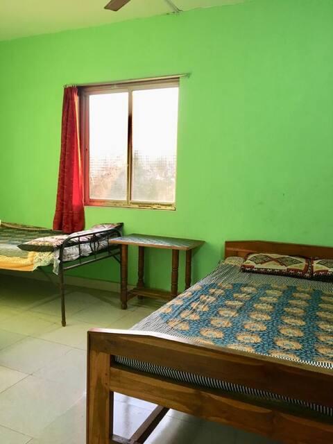 Room No 06
