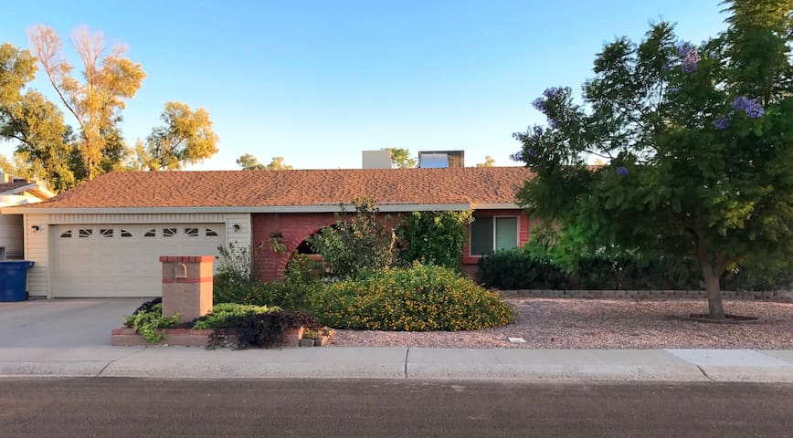 Charming, clean and quiet apt - Chandler - House