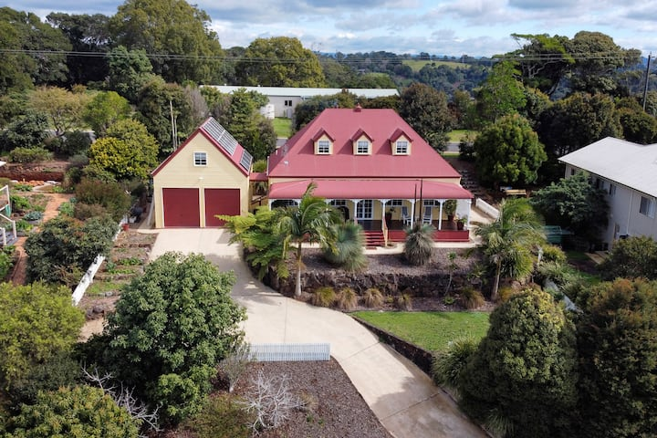 Maleny Masterpiece - size, location, beauty, charm