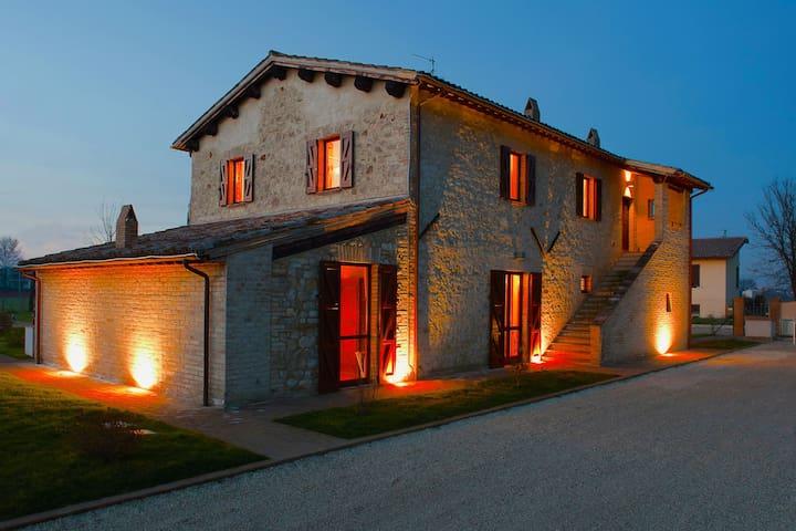 Apartamento de lujo en una casa de campo en Italia con Piscina