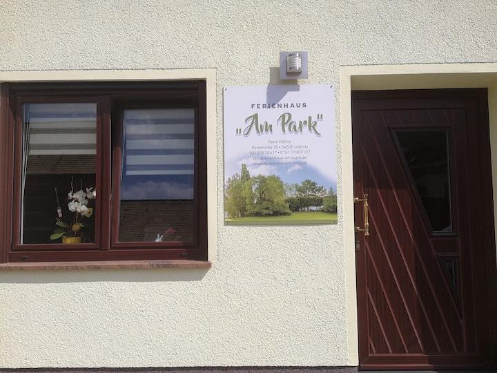 """Ferienhaus mit Sauna """"Am Park"""""""