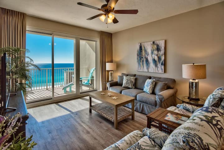 Updated Resort Condo | Free Golf, Fishing & More