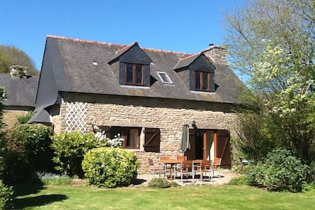 Alice Cottage, Bot Coet Cottages - Ploërdut - Casa