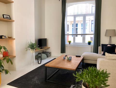 Brussels style appartment at Josaphat park