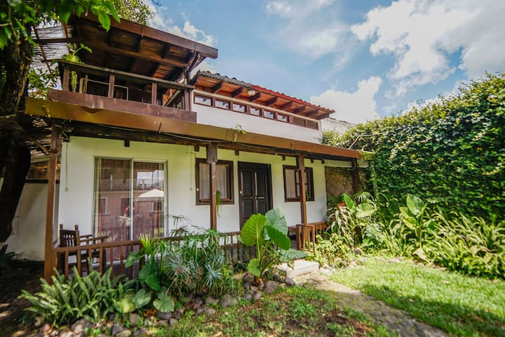 Charming wood house in Antigua Guat