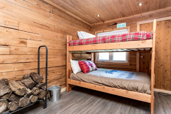 Bunk Beds (4 Double Beds) in Bunky