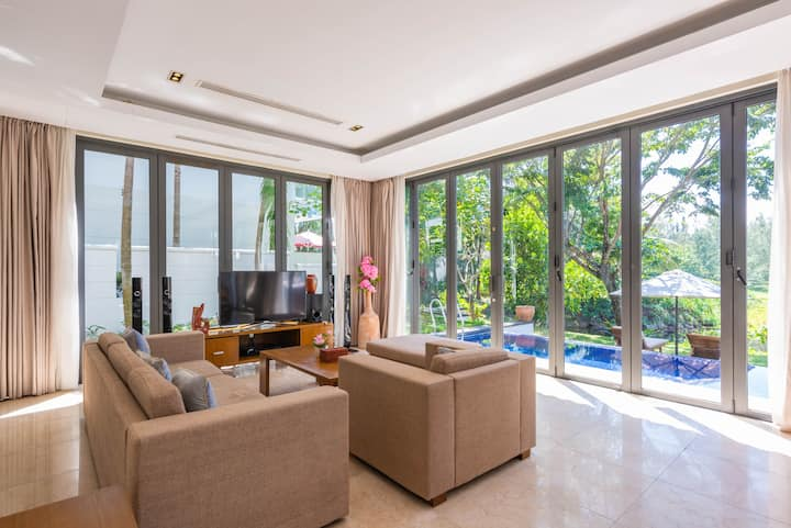 Garden View/Bright Luxury PVT Pool Ocean Villa