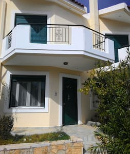 Near the sea only 80.0 meters - - Kantia - Casa