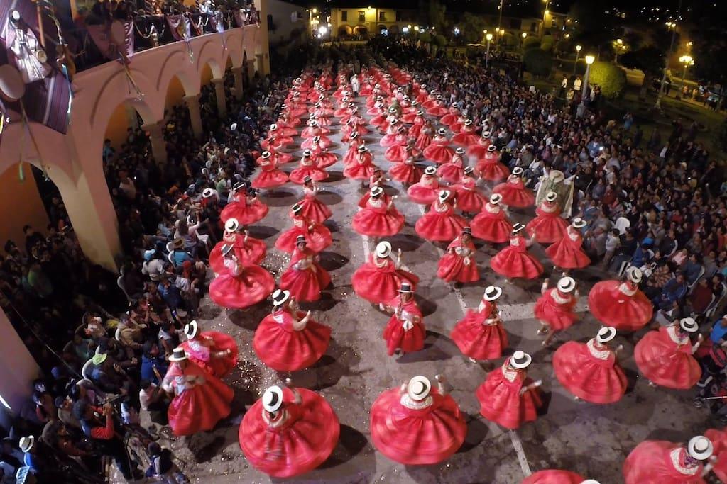 El Carnaval Ayacuchano es una festividad realizada en la ciudad de Ayacucho, Perú, en el mes de febrero, durante tres días. Fue declarado por el Instituto Nacional de Cultura del Perú (INC) como Patrimonio Cultural de la Nación.