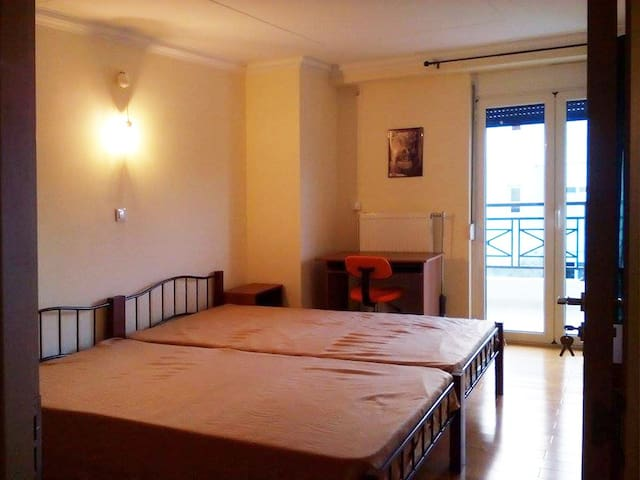 Double Room with 2 beds - Gerakas - Haus