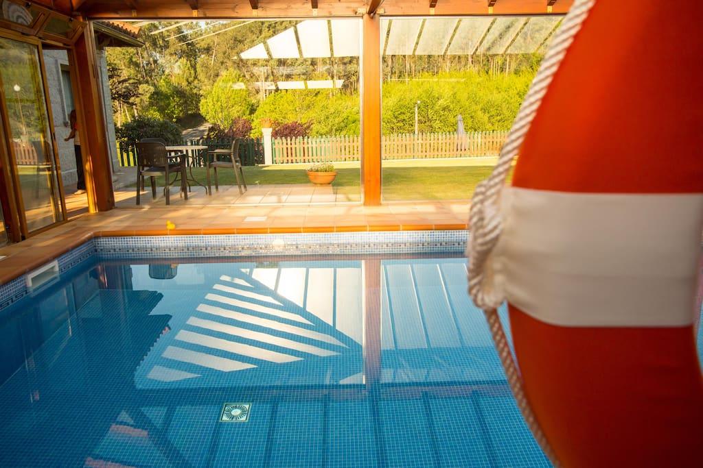 Casa 9 plazas con piscina cubierta casas en alquiler en for Casas con piscina en galicia