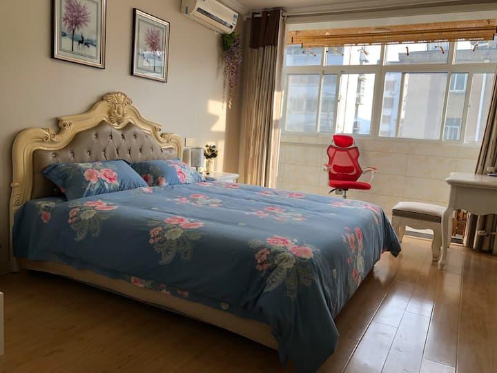 云龙湖沙滩/矿务局医院/水上乐园清新两居室