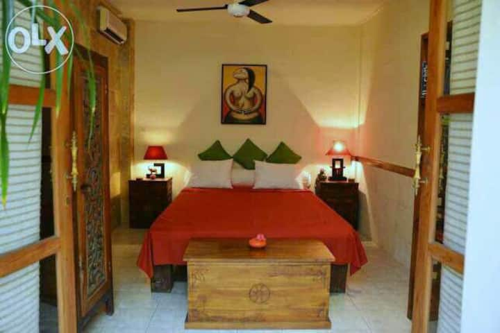 A Cozy Living in The Heart of Sanur