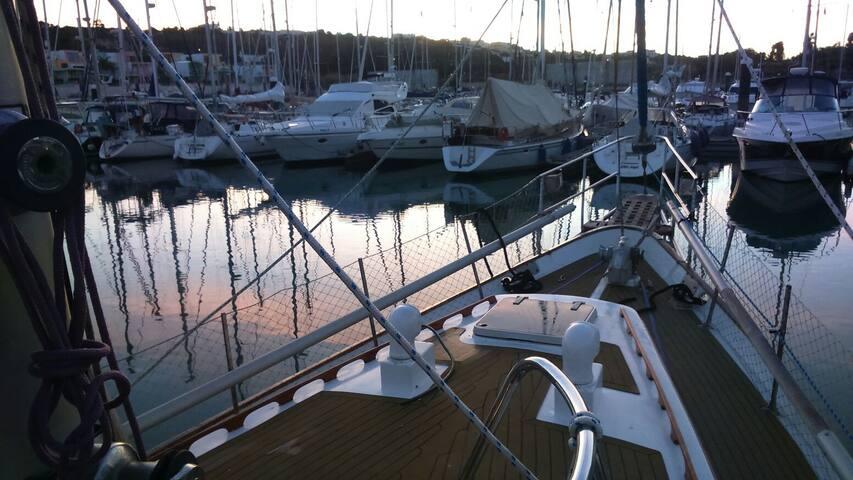 Welcome to Algarveocean Sleep Aboard sailboat!
