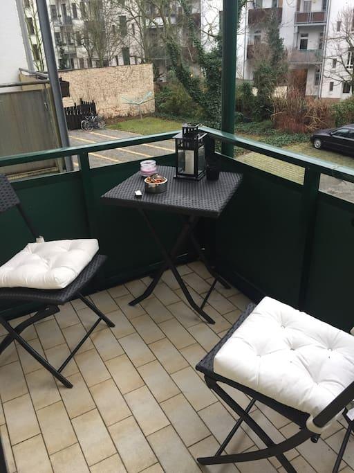 Balkon zum Rauchen und Abend ausklingen lassen