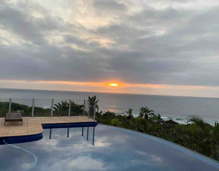 Amazing Southbroom house stunning views and accomm