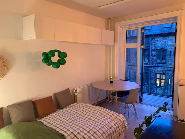 Lovely apartment with balcony in Nørrebro