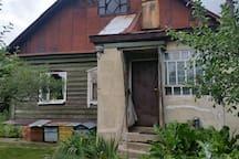 Дом с отдельным двором