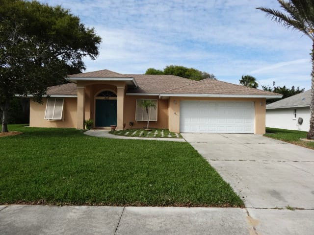 Exclusive Close to Beach New 3BD 2BA  Big Garden!
