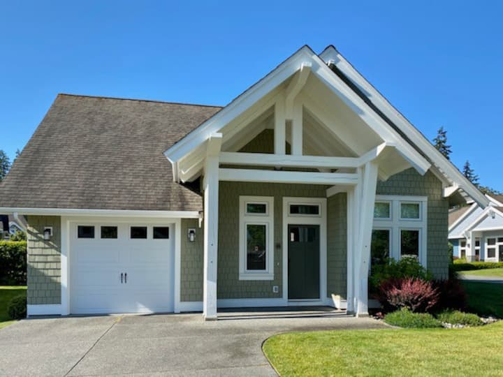 Qualicum Landing 45 - 3 bedroom Cottage