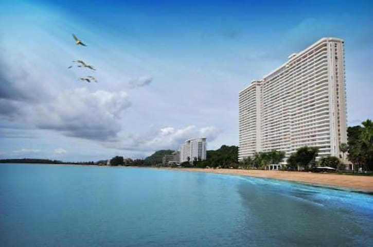 11th Flrs SeaView HuaHin-Pranburi 3BRms Beachfront
