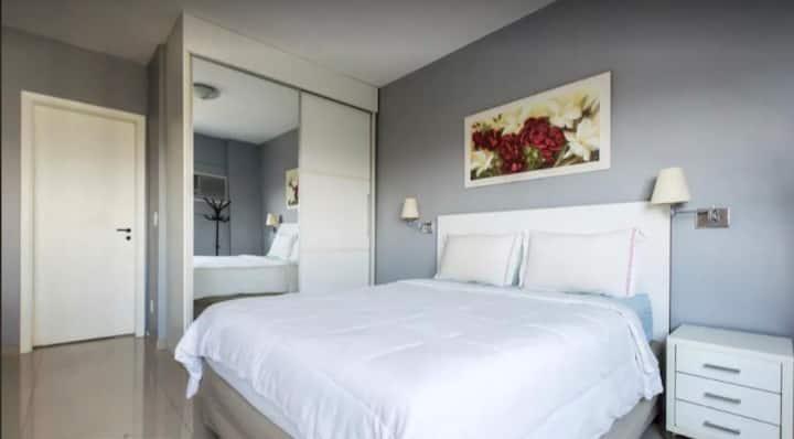 Flat no coração de Alphaville no hotel Quality