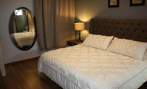Acojedora y centrica habitacion en Queretaro 3