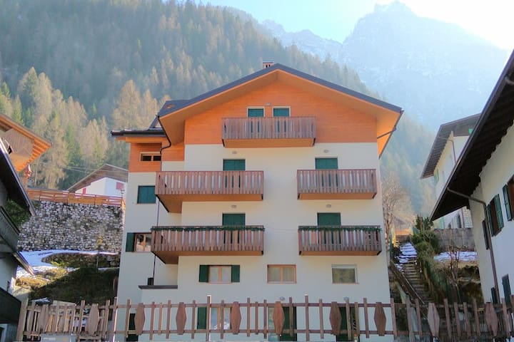 Liliana Apartments Alleghe - Faggio